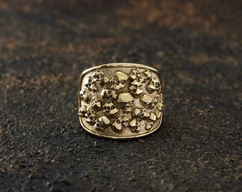 Skull gold ring Skull signet ring Biker ring Men gold ring