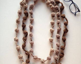 Long wool necklace