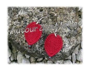 Crochet Earrings: red leaf