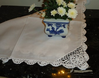Vintage, Set of 4 Napkins Paper White Crochet Lace Border  18 X 18 inch set of 4 Brand  New, Old Store Stock