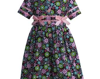 4368 Pink Flowers with Kiwi Dresslotte