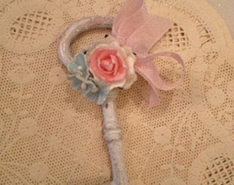 Mother's Day Decoration Shabby Chic Skeleton Key Christmas Ornament and Birthday Ornament