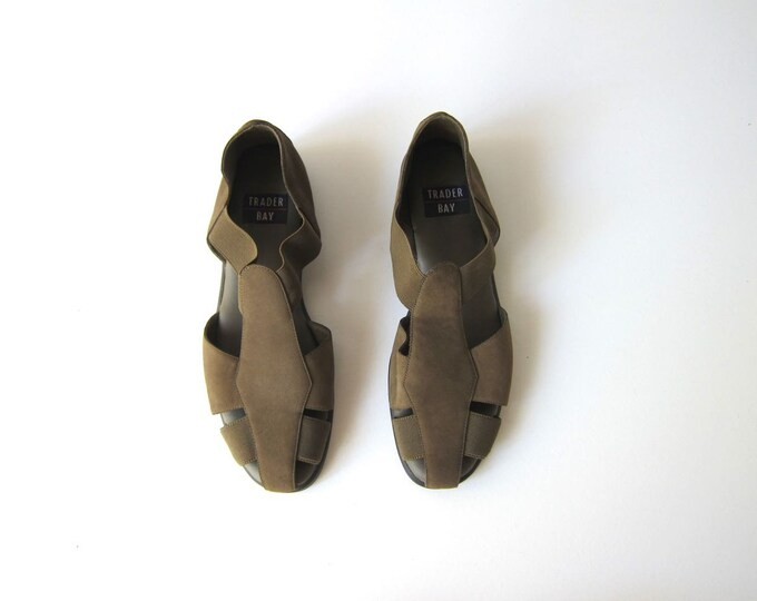 Army Green Leather Elastic Stretch Sandals Vintage 90s Casual Strap Sandals Minimal Modern Preppy Summer Sandals Elastic Sandals Flats 8.5 9