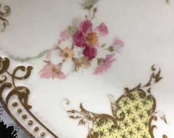 Limoges cakeplate with batwing panels and florals
