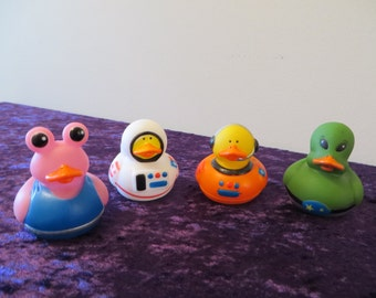 Astronauts and Aliens rubber ducks.- They are out of this world!