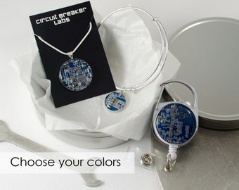 Circuit Board Gift Set, Retractable Badge Holder, Computer Necklace, Geek Expandable Bracelet, Geeky Office Professional Engineer Gift