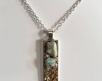 Collier long femme, boho chic, chaine argent, pendentif recrangle, pierres naturelles et cristaux.