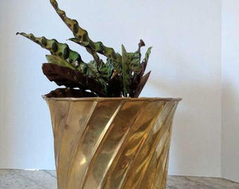 Vintage Brass Pot | Ornamental Planter | Brass Decor | Vintage Brass Planter | Home Accent