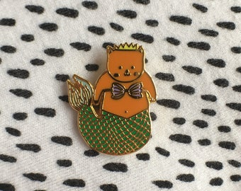 Purr-maid Polished Gold Pin Badge