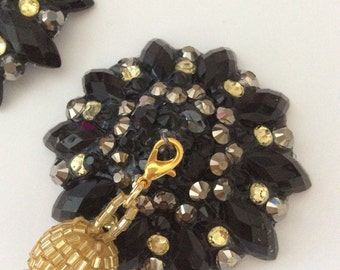 Black pasties with gold beaded removable tassel