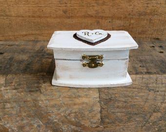 Wedding Ring Box. Rustic Wedding Ring Bearer Box. Ring Bearer Pillow. Keepsake Box. White Wedding Box.