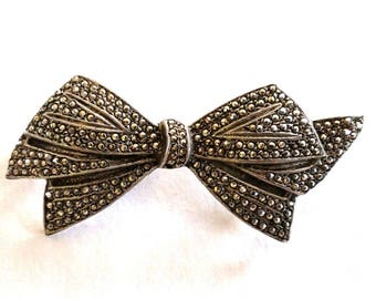 Sterling Silver Marcasite Bow Tie Brooch / Pin