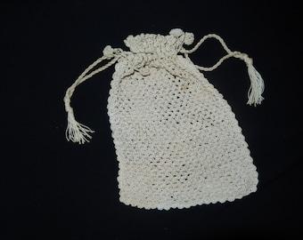 CROCHETED HAND BAG