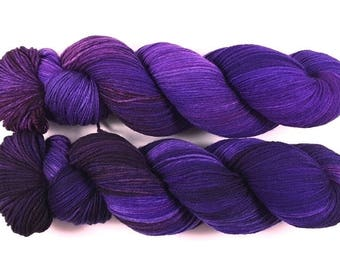 Nocturne-Merino extrafine/polyamide Superwash high twist, hand dyed, super soft!
