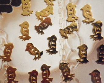 36 Vintage Goldplated 11mm Petit Birdy Findings