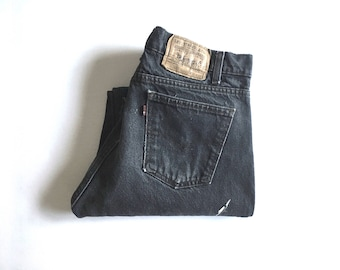 Vintage Men's 80's Levi's 505, Black Jeans, Straight Leg, Red Tab, Denim (W33 x L29)