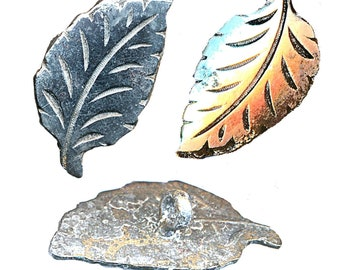 Button--ONE Early 19th C. Hand Cut Engraved Steel Leaf