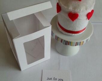 Zero calories Gift Boxed Felt Valentines Cake