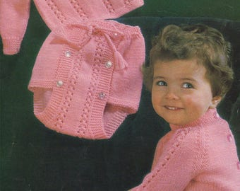 Baby Sweater and Pants PDF Knitting Pattern : Boys or Girls 19, 20 and 21 inch chest . Jumper and Knickers . Nappy Cover . Digital Download