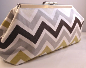 Rock Chevron Clutch