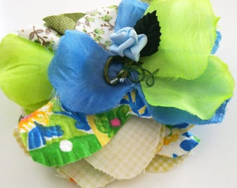 Fabric flower brooch for clothing or hair clip
