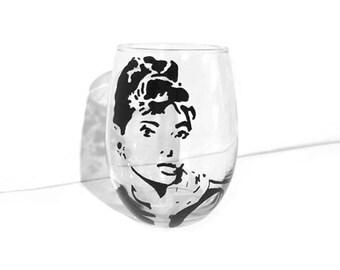 Custom Painted Breakfast at Tiffany's (Audrey Hepburn) Stemless Wine Glass