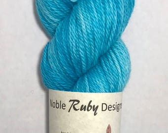 Hand dyed SW Merino worsted - Blue Yonder