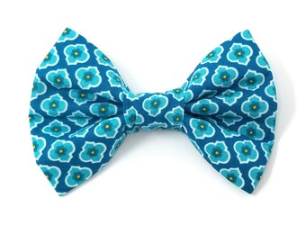 Blue Floral Dog Bow Tie/Pet Bow Tie/Blue Bow Tie/Dog Bow Tie/Boy Dog Bow Tie/Pet Bow Tie/Summer Bow Tie