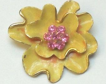 Vintage Brooch Enameled Flower Design in Pale Orange with Pink Rhinestones