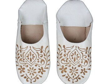 Babouche White Floral Pattern Slippers