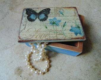 Bridesmaid Gift - Trinket Box - Jewelry Box - Engagement Ring Box - Ring Proposal Box - Tooth Fairy Box - Key Box - Wedding Mementos -