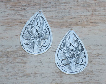 Thailand Hill Tribe Silver Vintage Teardrop Pair Charms, Earring Components, Tribe Hill Charms
