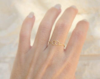 Sister rings - 14k gold filled chain with infinity linked circles - best friend ring - friendship rings - Simple Minimal Rings - BFF Gift
