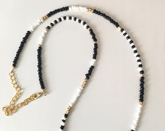 Black and white glass bead convertible necklace - Can also be worn as a bracelet!