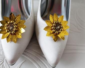 Shoe clips, one pair of gold shoe clips, shoe accessories, shoe decor