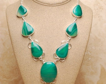 Natural green Agate silver plated necklace (#422)