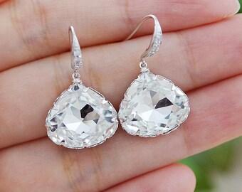 Wedding Jewelry Bridal Earrings Bridesmaid Gifts Bridesmaid Earrings Dangle Earrings Clear White Swarovski Crystal Triangle drop Earrings