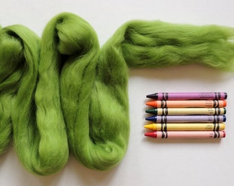 MERINO WOOL ROVING / Kiwi Green 1 ounce / merino wool for wet felting, dreadlocks, needle felting, spinning, knitting, troll hair, fiber