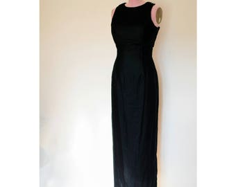 1990s Jessica McClintock black velvet floor length dress