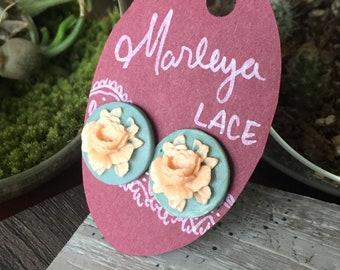 Floral cameo stud earrings, vintage style