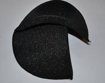 Pair of shoulder pad covered with black size 3