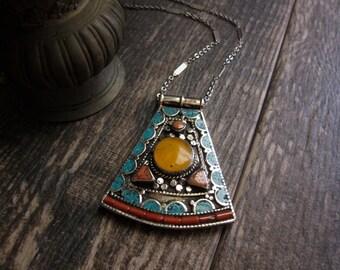 Tibetan Jewelry,Turquoise Pendant Necklace,Nepal Necklace,Nepal Jewelry,Turquoise Necklace,Turquoise Jewelry,Tibetan necklace,Tibet pendant