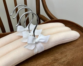 Padded Hangers, Baby Hangers, Blush Linen Baby Hangers, Padded Baby Hangers, Linen Hangers, Baby Shower Gifts, Covered Baby Hangers