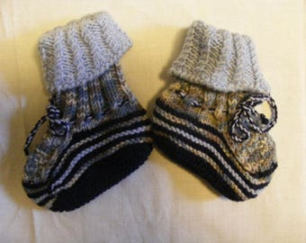 Socks/baby shoes, handmade, merino wool//socks/shoes for your infant, hand made, merino wool