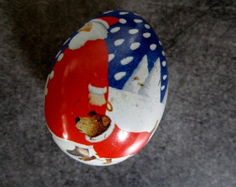 Easter Egg , Easter Vintage Christmas to collect, paint Easter eggs , Easter decoration, Switzerland, a small egg tin metal