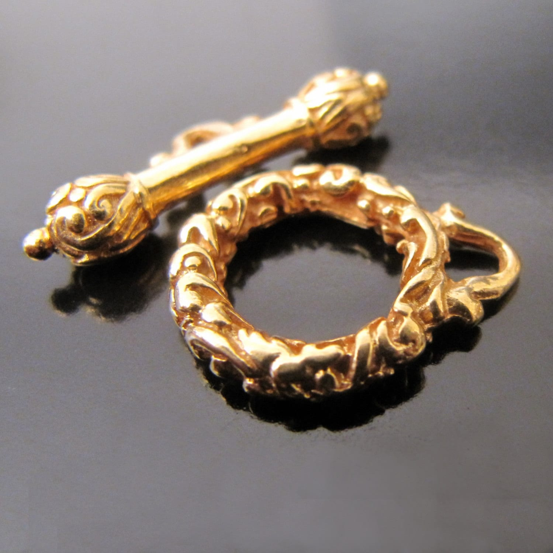 Vermeil toggle clasp luxury designer 14mm round ornate gold