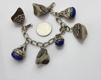 VINTAGE unsigned 1960s  Faux Lapis charm bracelet