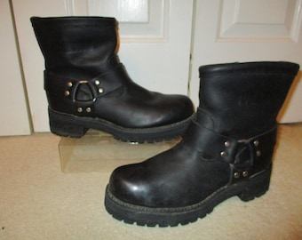 Vintage oiled leather Durango harness boots 9E