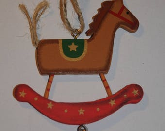 "Christmas decoration: Hanging ""horse in toggle"""