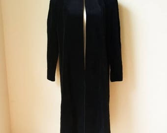 Vintage Wynxe Silmore Long Sleeve Open Robe